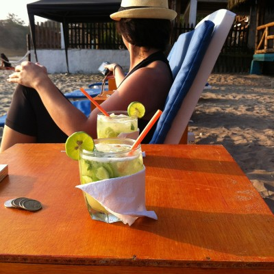 explore-having_a_cocktail_on_the_beach